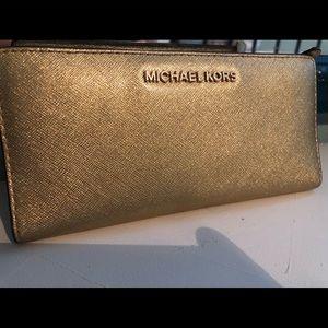 Michael Kors Wallet- Gold